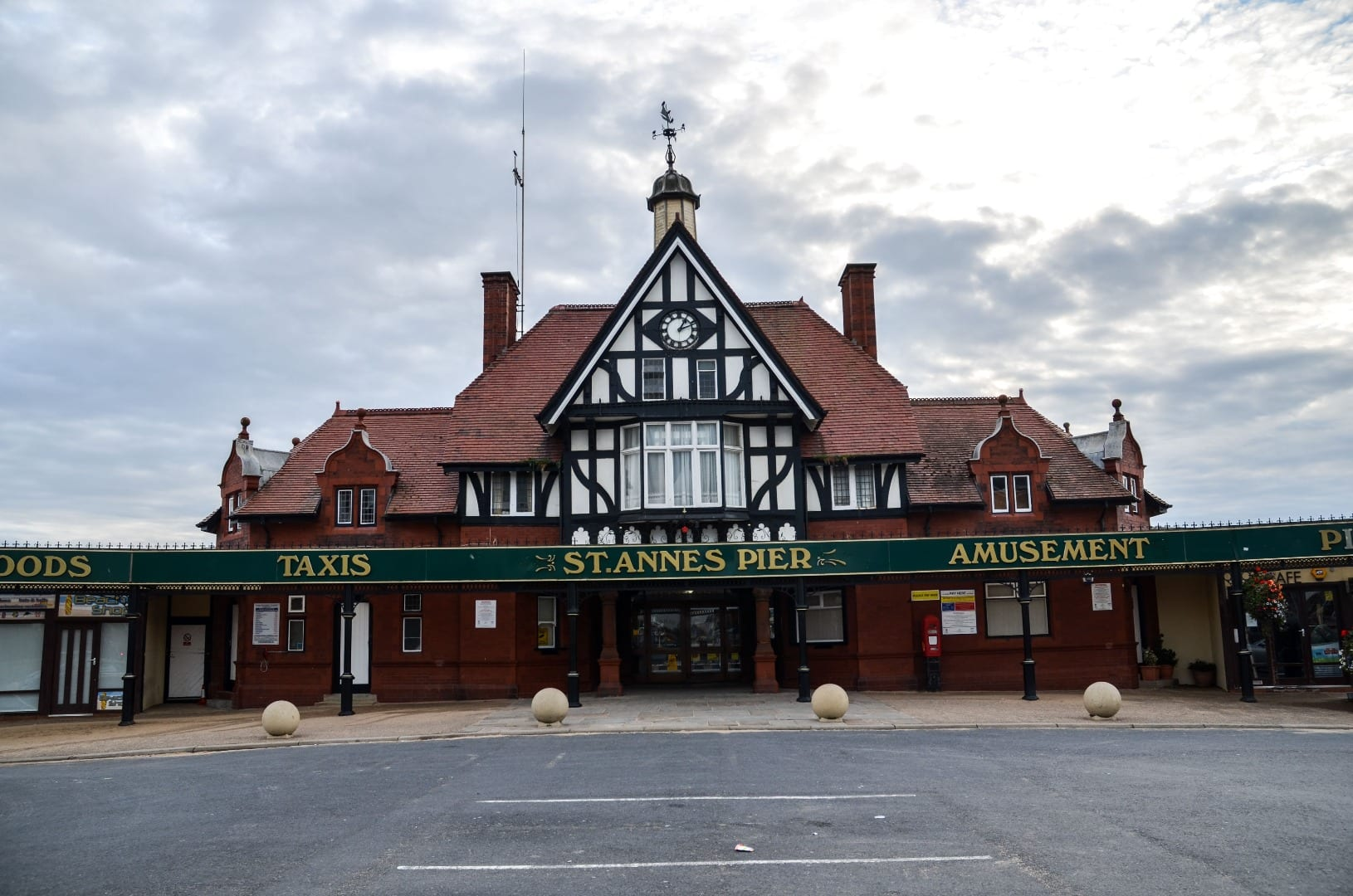 Front entrance of St Annes Pier